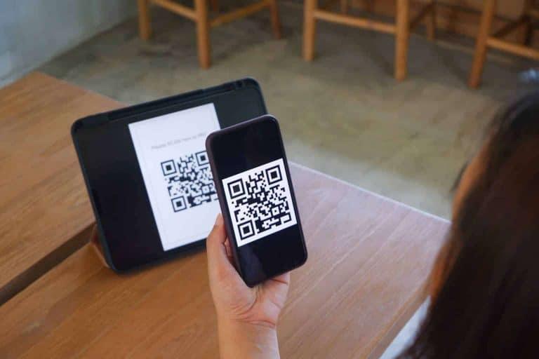qr code scanning payment cashless payment FQB63M3 - Port Elizabeth Website Design | Web Design Blog